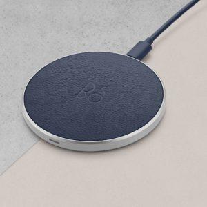 B&O BeoPlay Charging Pad Indigo Blue แท่นชาร์จ