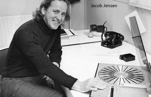 B&O Jacob Jensen เครื่องเล่นแผ่นไวนิล